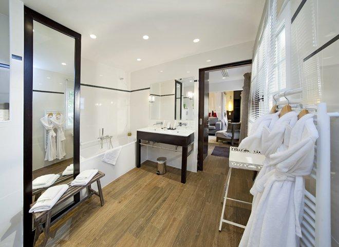 lodge-framboise-salle-de-bain-hotel