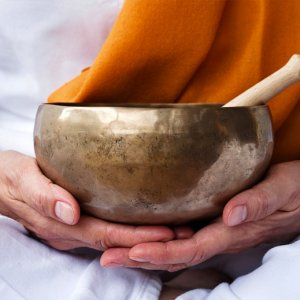 seances de yoga du son au domaine de bellevue en seine et marne, proche de paris et de disneyland