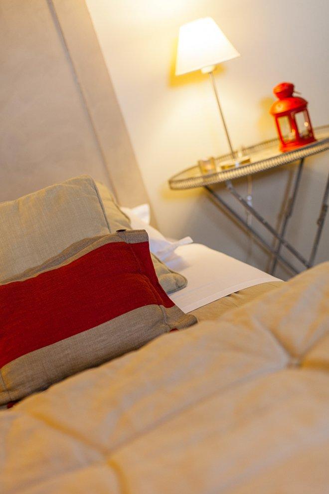 standard-duplex-chambre-hotel-detail-lit
