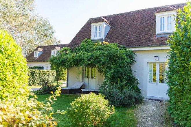 superieur-duplex-chambre-hotel-terrasse-jardin-nature