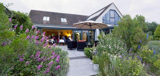 Header-Restaurant-terrasse-jardin-fleurs-verranda-paris