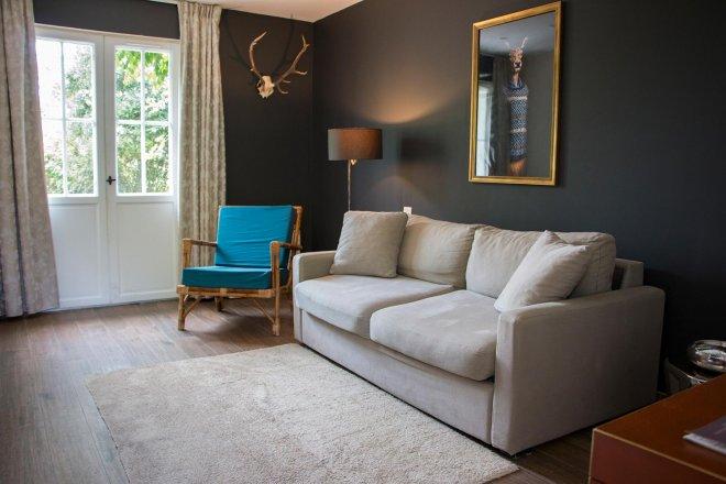 salon-canape-tapis-moderne-chambre-marne-la-valee